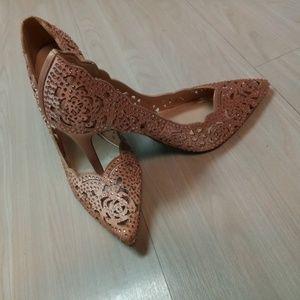 Betsy Johnson heels shoes Crystal design sz 9.5